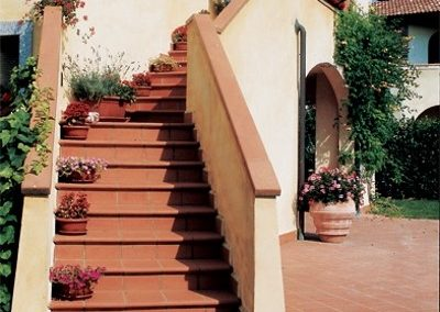 Exterior-traditional-terracotta-stairs