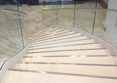 Laminated-gres-porcelain-slab-stairs