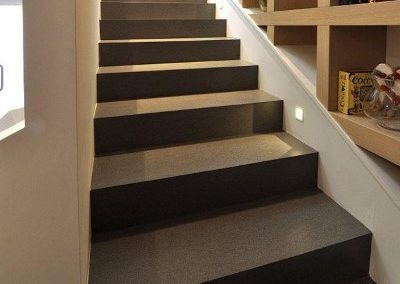 Laminated-gres-porcelain-slab-stairs-black