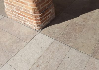outdoor-marble-grolla-flooring-detail