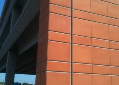Conrac_airport_garage_facility_project_terracotta_cladding_facade (6)