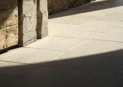 floor-detail-natural-stone-exterior-640x426